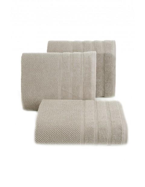 Ręcznik z bordiurą w pasy- beżowy 50x90 cm