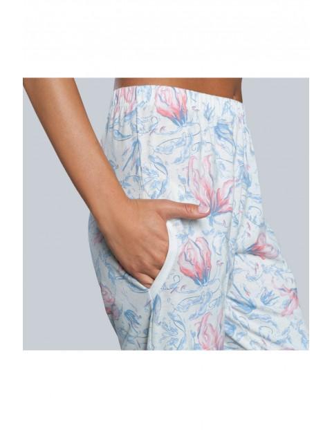 Białe długie spodnie piżamowe damskie w kwiaty- Italian Fashion
