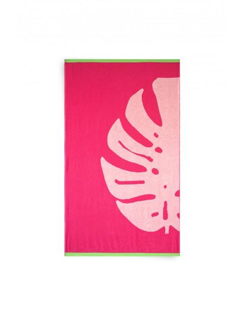 Ręcznik Leaf z bawełny egipskiej różowy z Monsterą100x160 cm