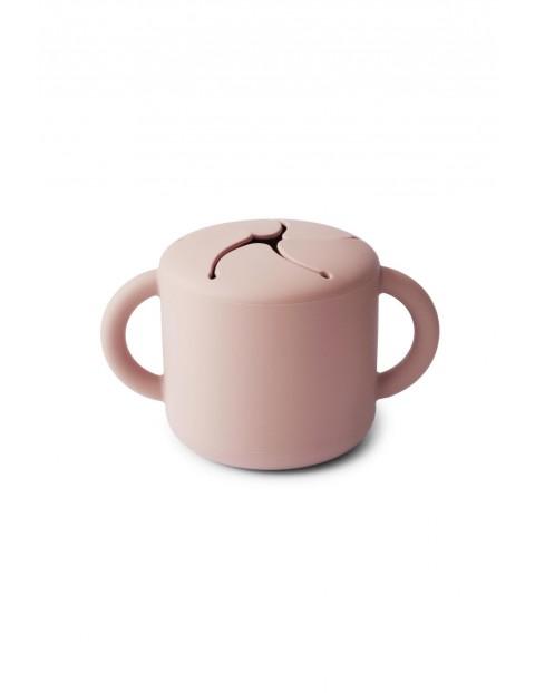 Mushie - Kubek niewysypek na przekąski SNACK CUP Blush - różowy