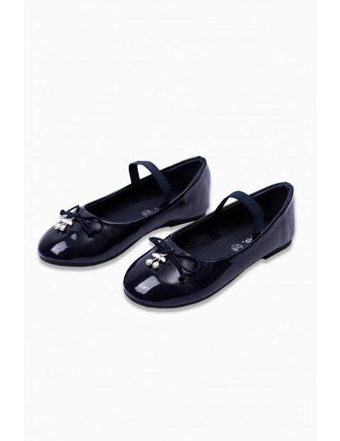 Balerinki- buty dziewczęce z wisienkami - czarne lakierki