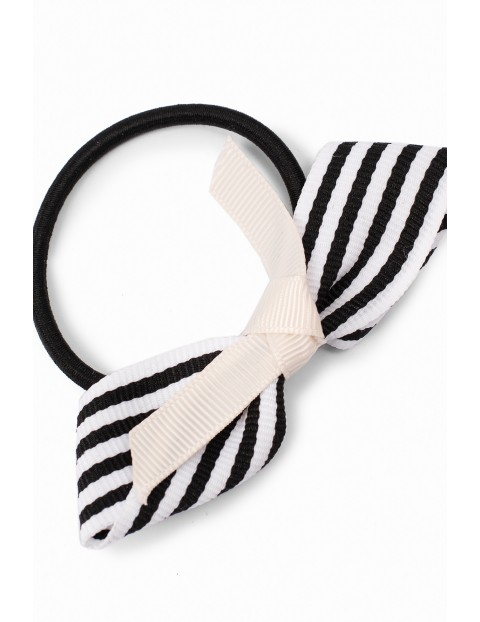 Gumka dom włosów dla dziewczynki w czarno-białe paseczki