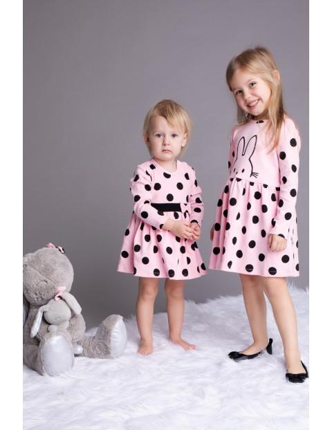 Bawełniana sukienka niemowlęca różowa w grochy