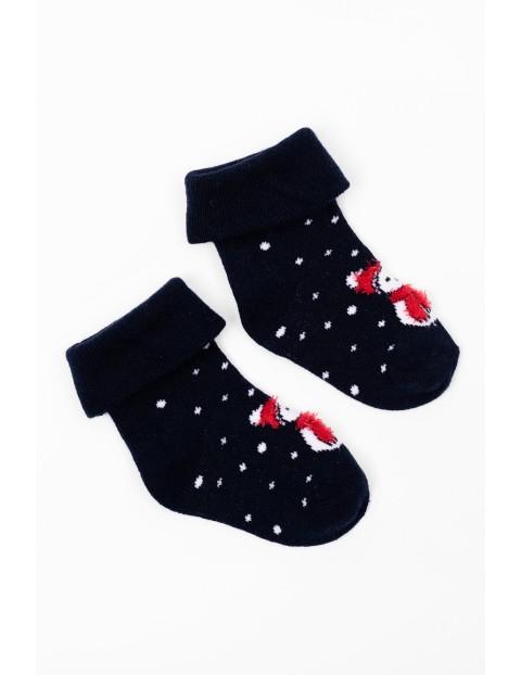 Granatowe skarpetki niemowlęce z motywem świątecznym