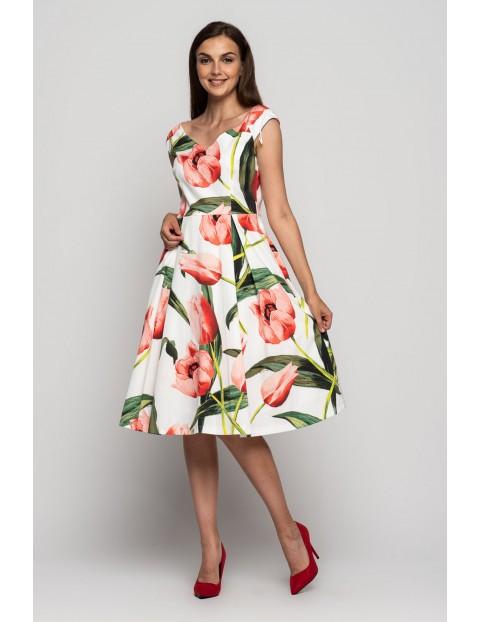 Biała sukienka w czerwone kwiaty na grube ramiączka