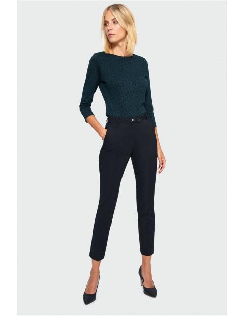Czarne spodnie damskie- cygaretki