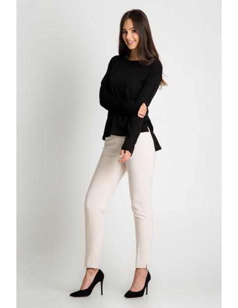 Bluzka damska z długim rękawem- czarna