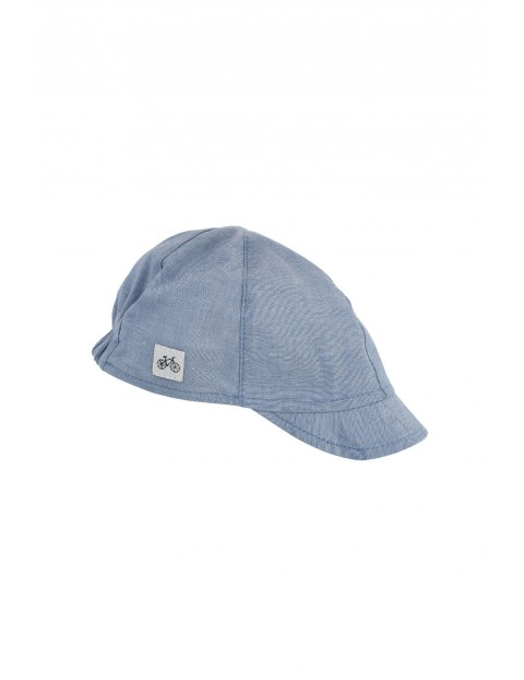 Niebieska czapeczka dziecięca z daszkiem bawełniana