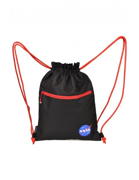 Czarno-czerwony worek NASA 44x33cm