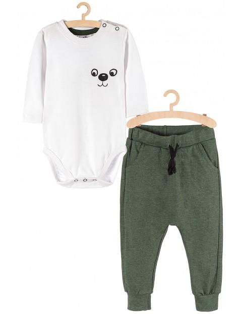 Komplet -body białe i spodnie dresowe