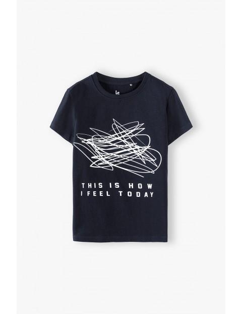 T-shirt chłopięcy czarny z nadrukiem