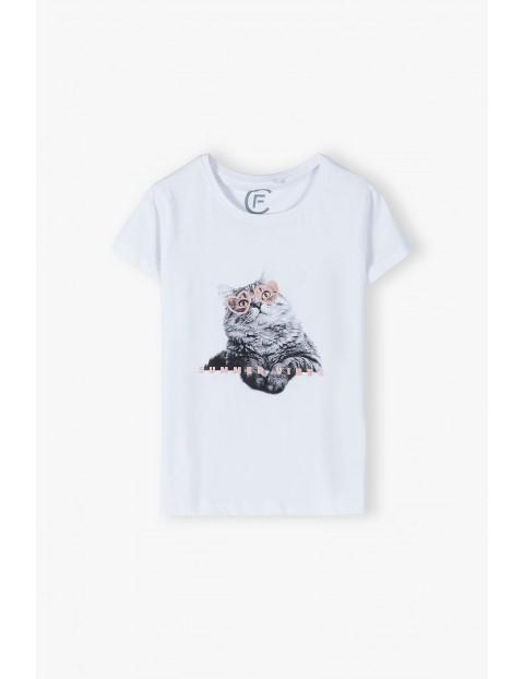 Bawełniany biały T- shirt damski z kotem- ubrania dla całej rodziny