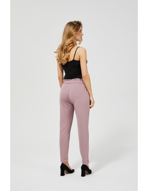 Spodnie damskie typu cygaretki - różowe