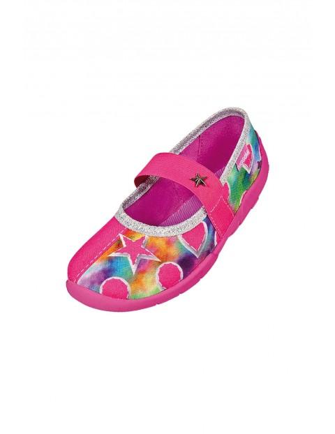 Kapcie dziewczęce w kolorze różowym - kolorowe wzorki