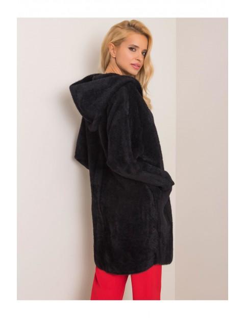 Płaszcz damski z kieszeniami - czarny