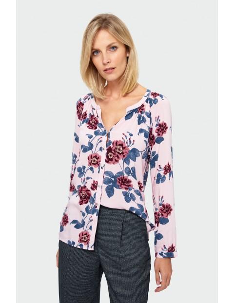 Bluzka w kolorowe kwiaty- ubrania dla kobiet