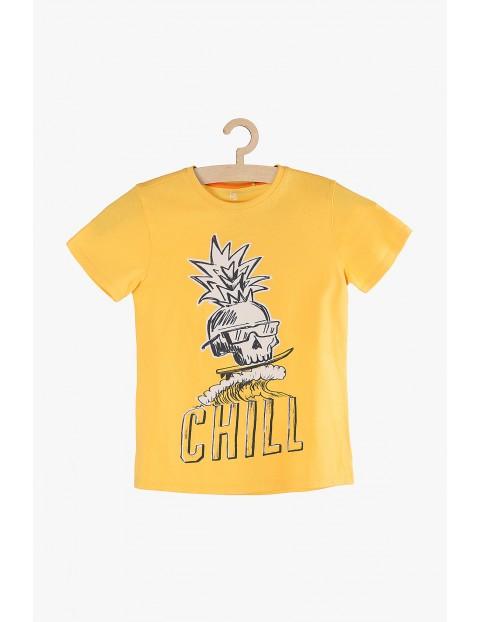 T-Shirt chłopięcy żółty z młodzieżowym nadrukiem
