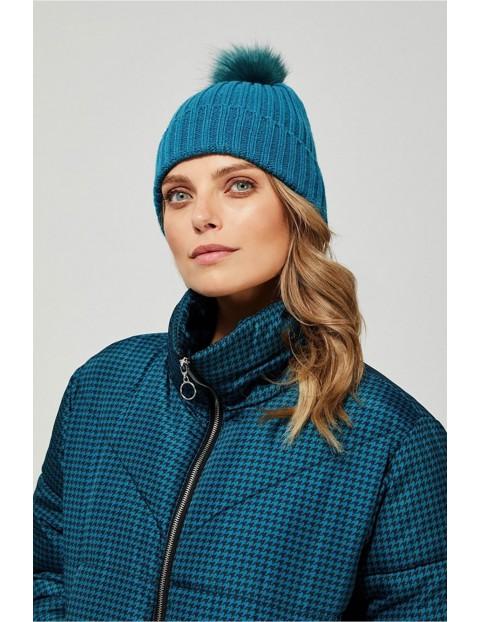 Czapka damska  z pomponem - niebieska