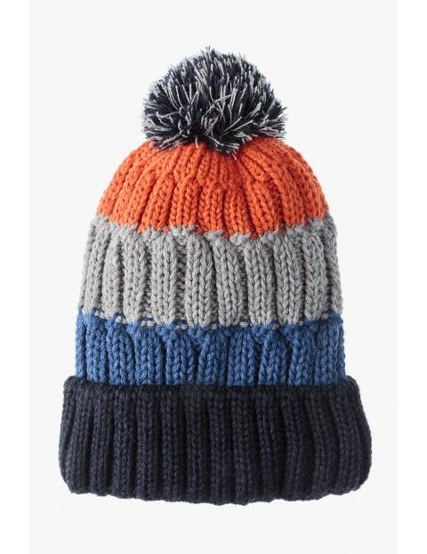 Kolorowa zimowa czapka dla chłopca