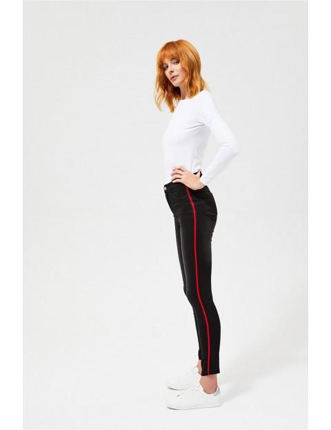Spodnie damskie czarne z lampasami