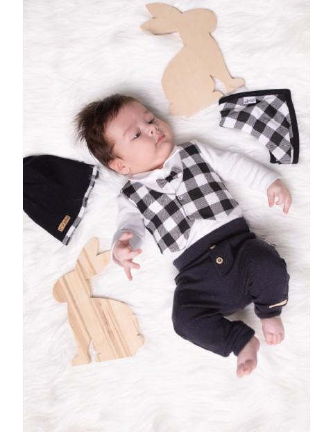 Zestaw bawełnianych ubranek niemowlęcych 4-częściowy