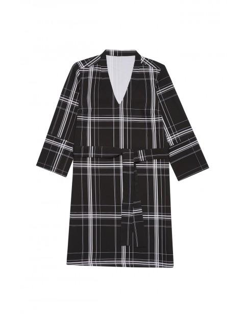 Czarna sukienka w geometryczne wzory - z paskiem