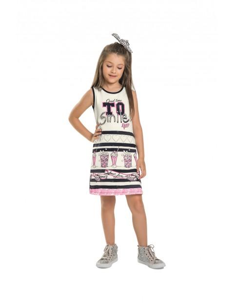 Sukienka dziecięca we wzorki