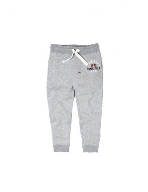 Spodnie dresowe chłopięce 2M33AA
