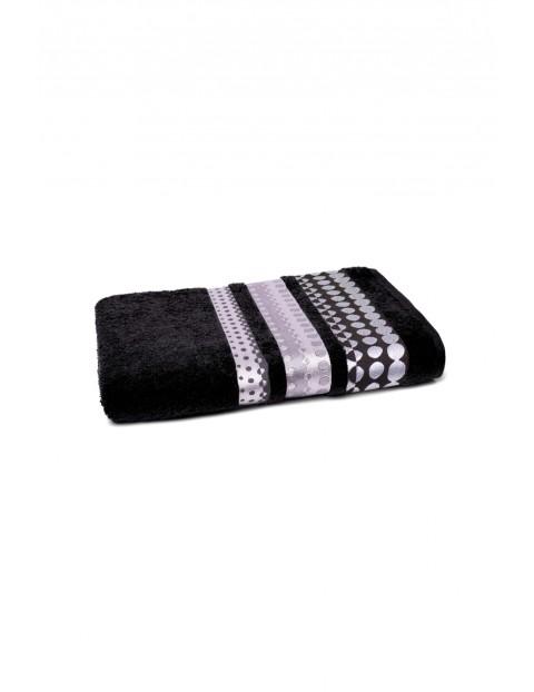 Bawełniany ręcznik w kolorze czarnym o wymiarach 70x140 cm