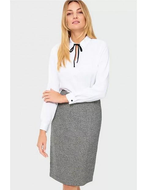 Koszula damska z wiskozy z ozdobną wstążeczką - biała