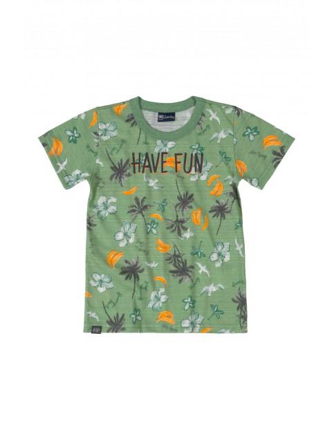T-shirt chłopięcy  z nowoczesnym nadrukiem - zielony