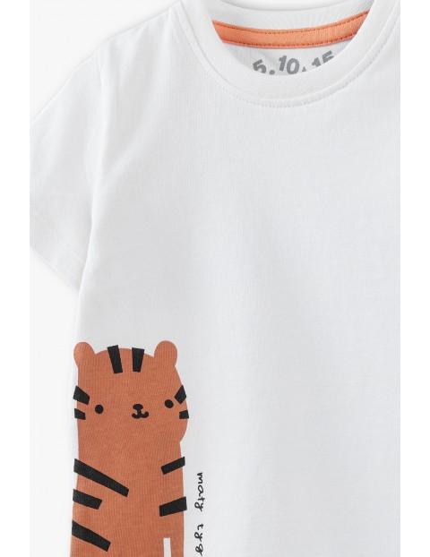 Komplet niemowlęcy T-shirt i spodenki z tygrysem