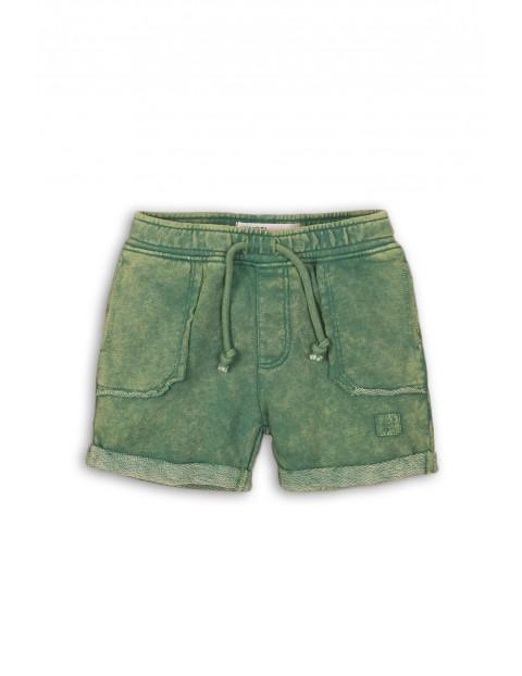 Zielone spodenki z kieszeniami