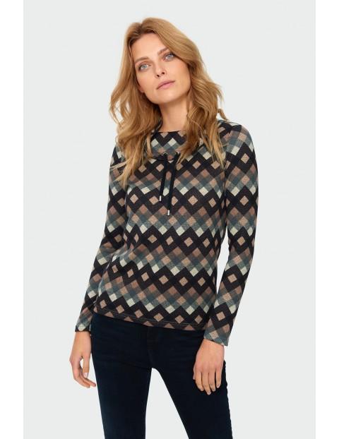 Sweter damski w geometryczne wzory