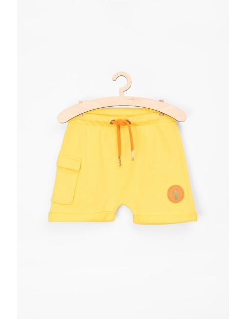 Szorty niemowlęce dzianinowe w kolorze żółtym