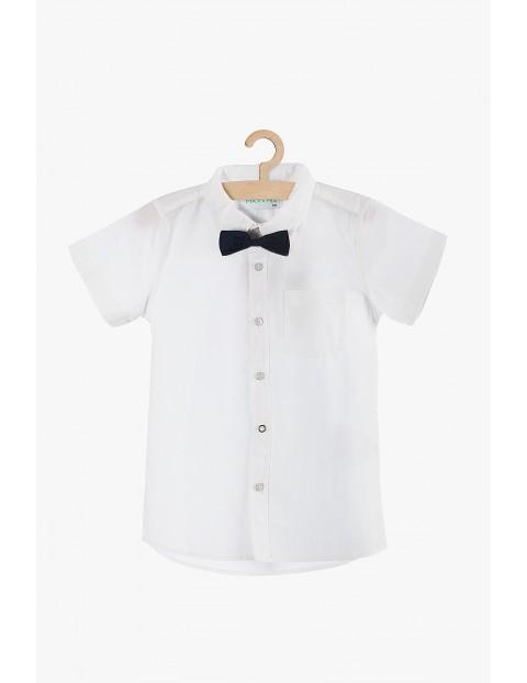 Biała koszula chłopięca z muszką