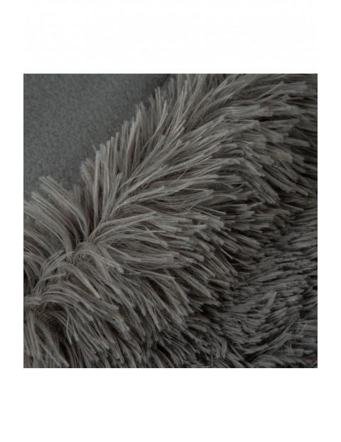 Narzuta z delikatnego futerka - stalowa - 170x210 cm