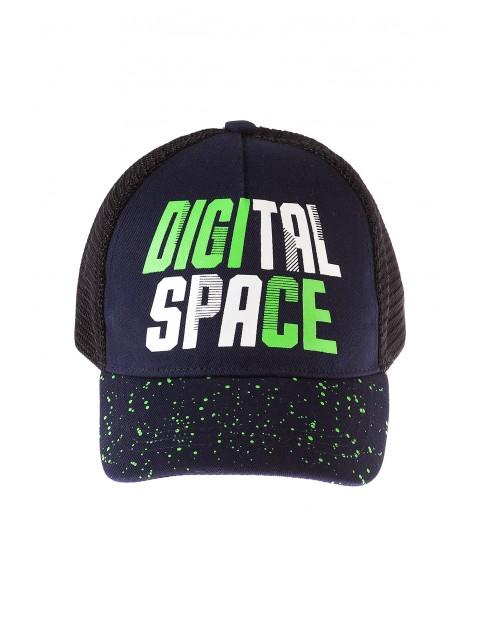 Czapka z daszkiem- digital space