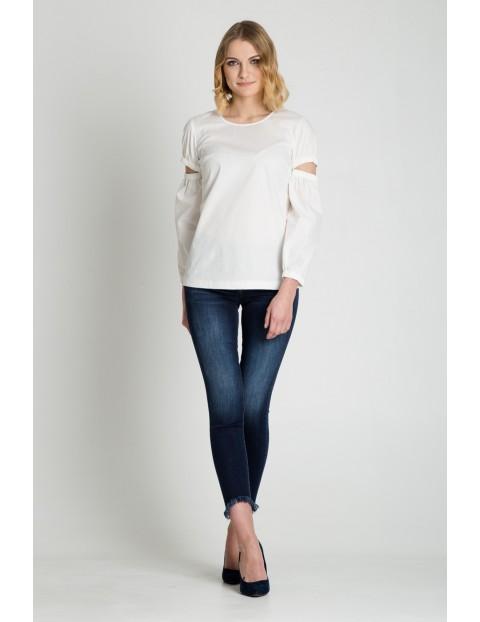 Bluzka damska biała - długi rękaw z ozdobnymi rozcięciami