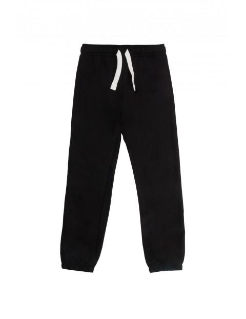 Spodnie dresowe dla chłopca 2M9745