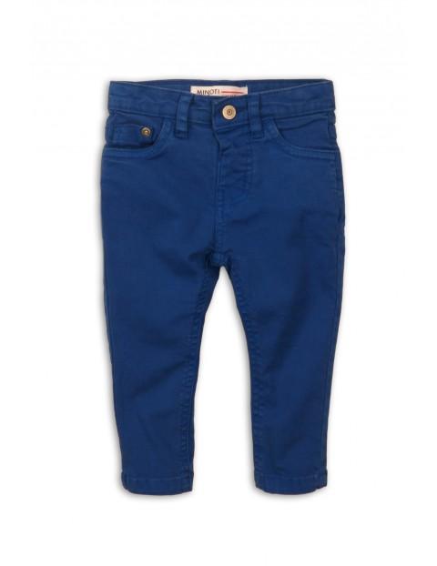 Niebieskie spodnie chłopięce
