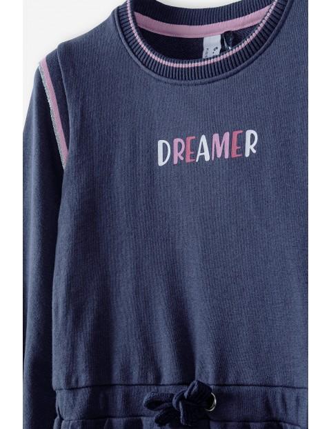 Granatowa sukienka z dzianiny z napisem Dreamer