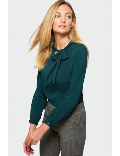 Bluzka damska z ozdobnym wiązaniem- butelkowa zieleń