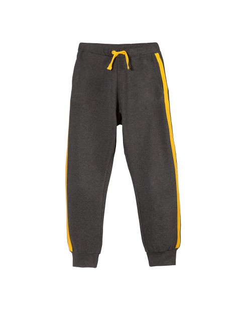 Spodnie dresowe dla chłopca 1M3212