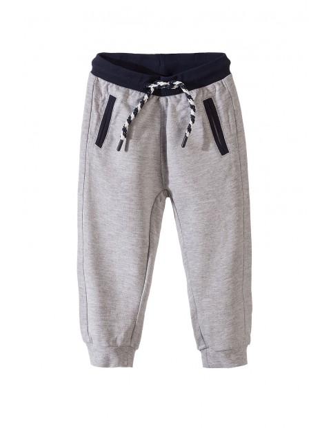 Spodnie dresowe chłopięce 1M3432