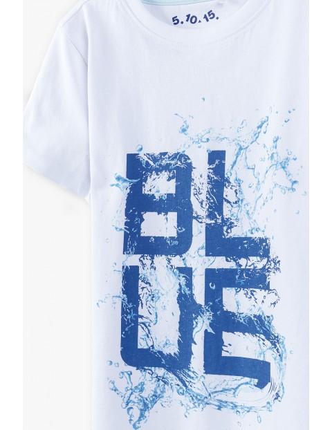 T-shirt chłopięcy  w kolorze białym z napisem- Blue