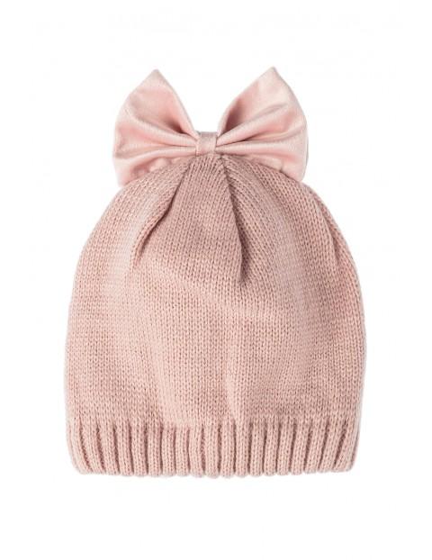 Czapka dla niemowlaka- różowa z kokardką