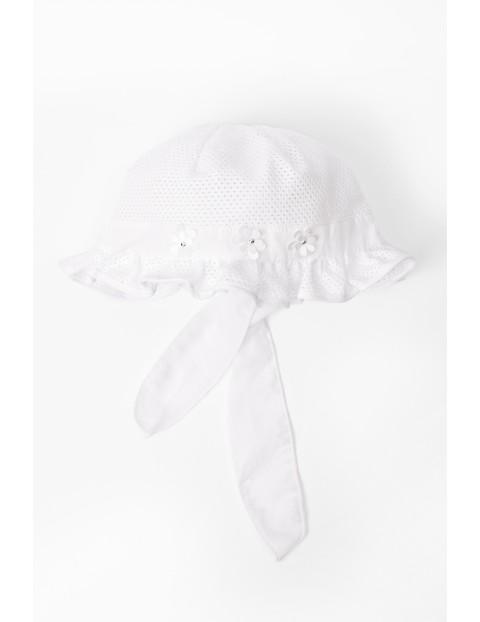 Czapka na lato dla niemowlaka- biała