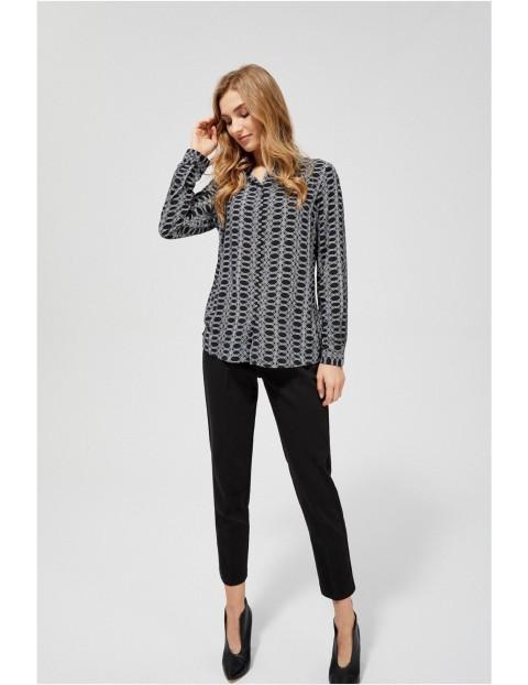 Czarna koszula damska w symetryczne wzory