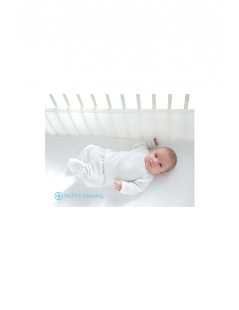 Ochraniacz na łóżeczko